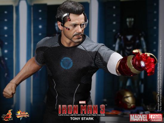 Iron Man 3 Tony Stark Figure from Hot Toys 2