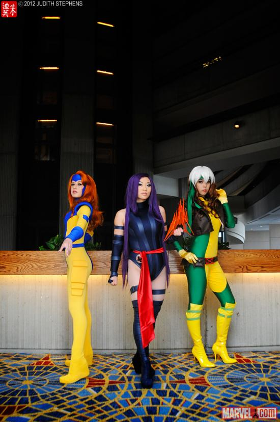 Marvel Costuming: Jean Grey, Psylocke &amp; Rogue at Dragon*Con 2012