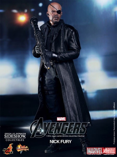 Nick Fury Sixth Scale Figure holding rocket gun (by Hot Toys)