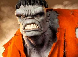 Hulk Figure from Sideshow Collectibles