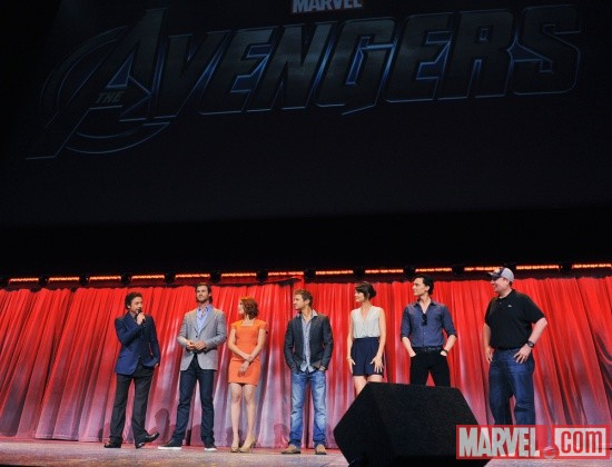 Robert Downey, Jr., Chris Hemsworth, Scarlett Johansson, Jeremy Renner, Cobie Smulders, Tom Hiddleston, & Kevin Feige at D23