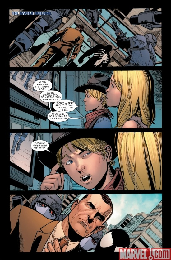 DARK REIGN: FANTASTIC FOUR #4, Page 1