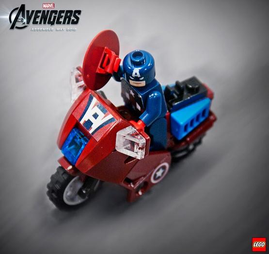 LEGO DC i Marvel heroji Detail