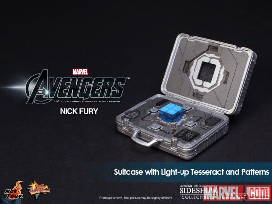 Silver Suitcase with Light-up Tesseract (by Hot Toys)
