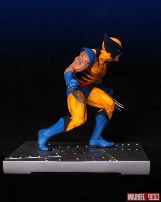 Gentle Giant Wolverine Bookend