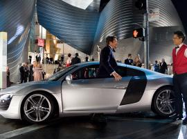Tony Stark and his Audi R8 Coupe in Marvel's Iron Man