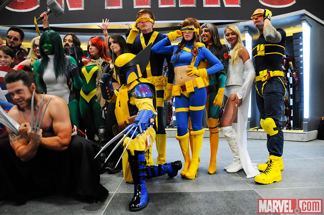 SDCC 2012: Avengers Vs. X-Men Cosplay Photo Op on the Marvel Stage