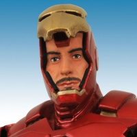Diamond Select Toys' Iron Man Re-Issue for &quot;Marvel's The Avengers&quot; Close-Up