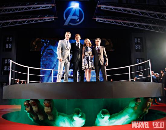 Chris Hemsworth (Thor), Tom Hiddleston (Loki), Scarlett Johansson (Black Widow) and Mark Ruffalo (Hulk) on the red carpet premie