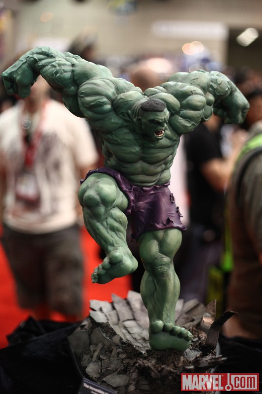 Hulk statue from Sideshow Collectibles