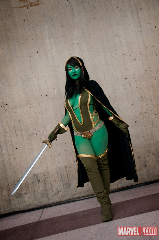 New York Comic Con 2011: Gamora cosplayer