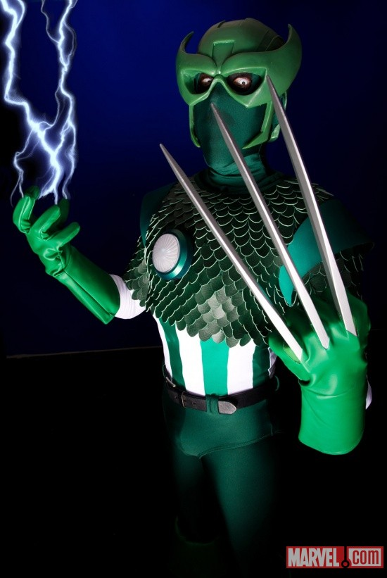 cosplay super-Adaptoid